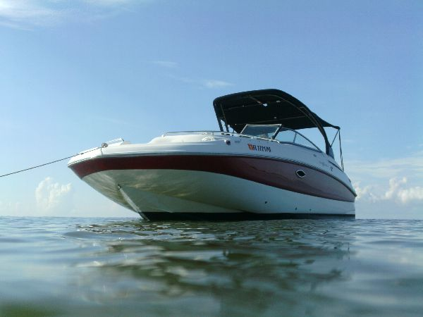 Hurricane 2400, Sundeck, boat, red